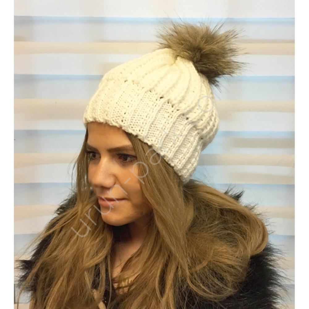 Son Moda Bayan Şapka Ve Boyunluk Modelleri
